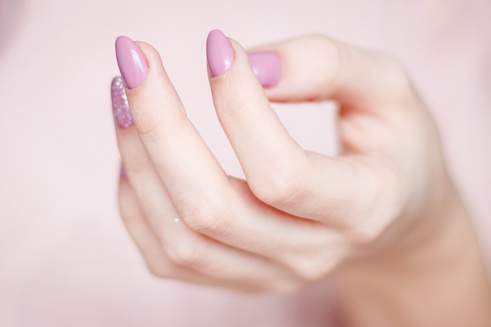 Your Guide To Understand Your Hair, Skin And Nails Problems